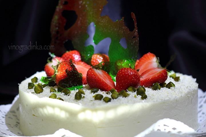 украшение торта изомальтом зелёное