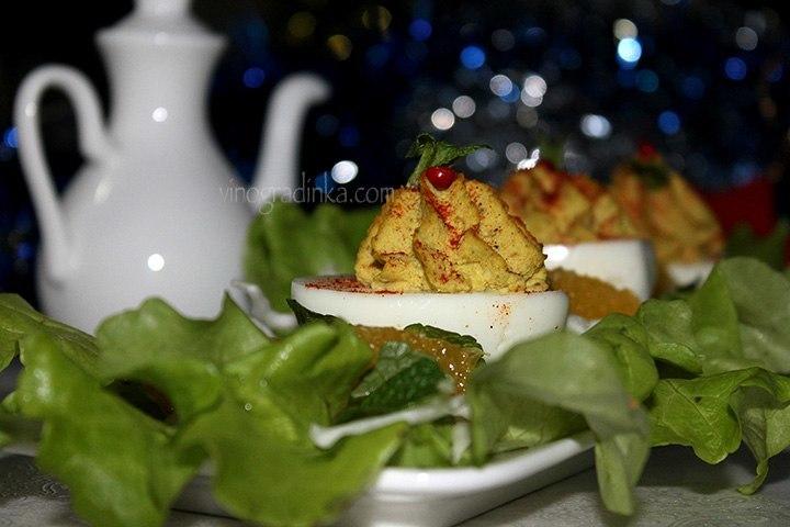 салат с яйцами фото